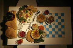 Café Jorden är blå som en apelsin – Frukost hela dagen, Uppsala, Café, Konstutställningar, Tågräls, Shack
